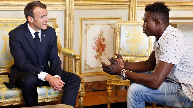 France rewards Malian 'Spiderman' for rescue