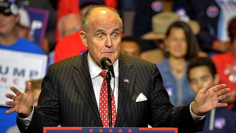 Giuliani warns Mueller could be 'doing a Comey'