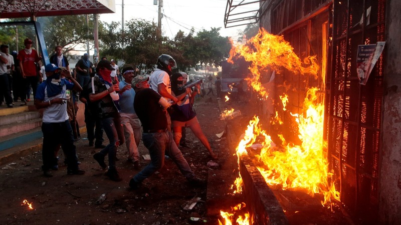 Protests turns deadly in Nicaragua: witnesses