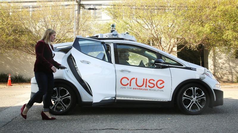 GM, Softbank are $2 billion self-driving partners