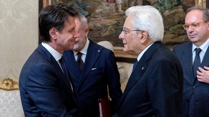 Populist parties seal deal to govern Italy