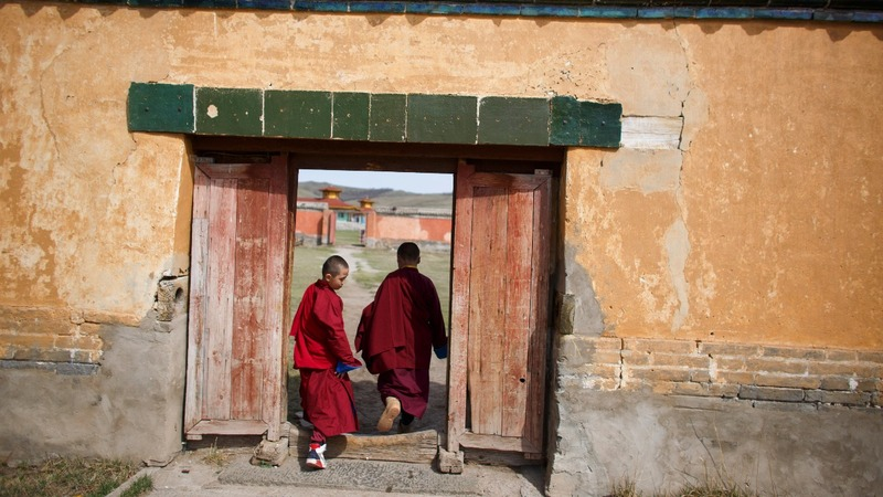 Young monks lead Buddhist revival in Mongolia