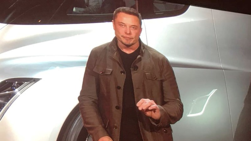 Musk says Tesla 'likely' to meet Model 3 goal