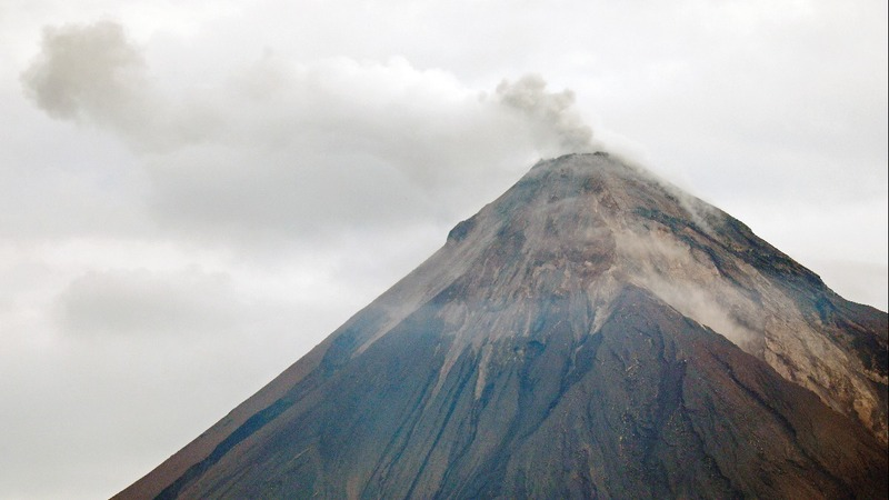 Guatemala calls off volcano searches for now