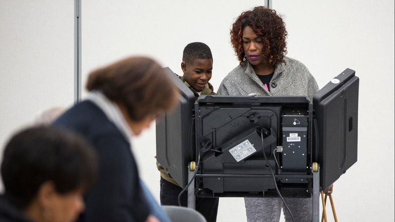 Dems court black voters in bid to win Senate