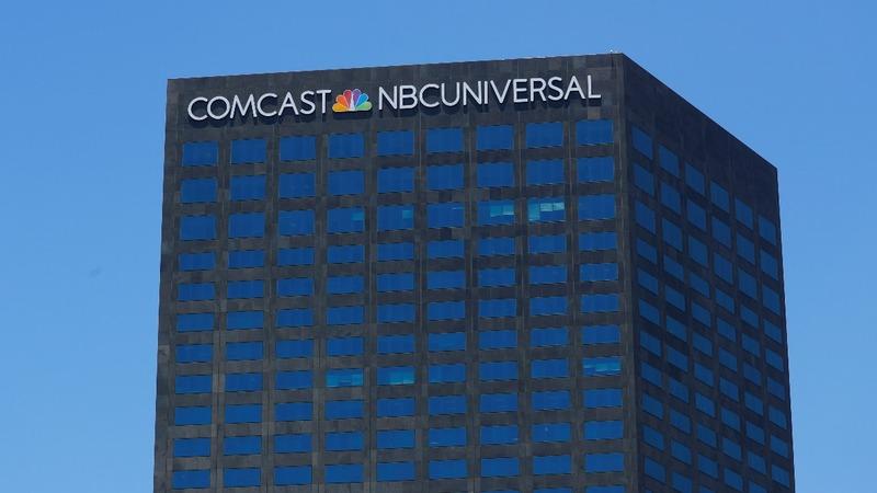 Comcast starts $65 bln brawl for Fox assets