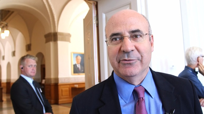 Putin critic is undeterred by threat of arrest