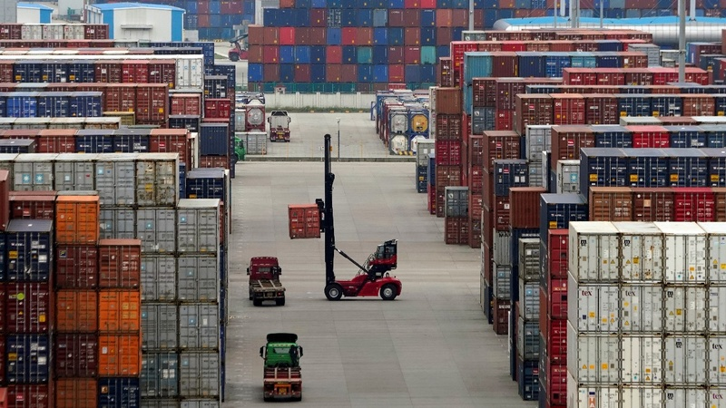 China calls new Trump tariff threat 'blackmail'