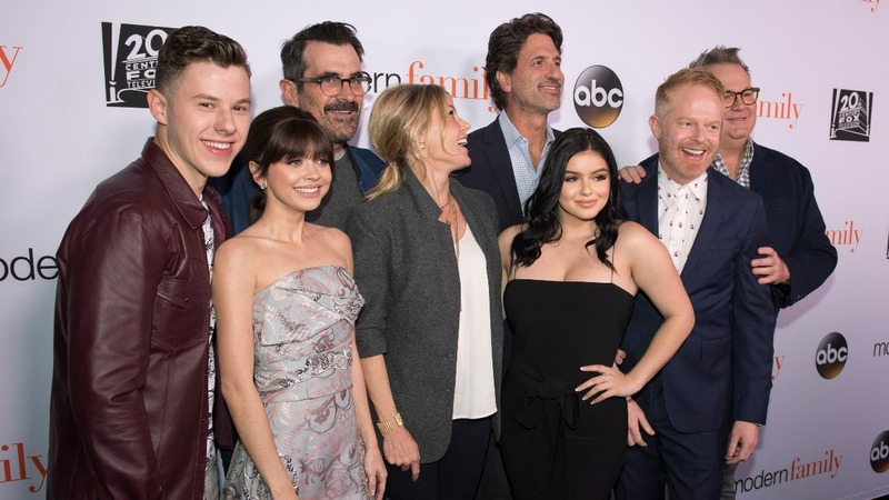 'Modern Family' creator leads Fox News revolt