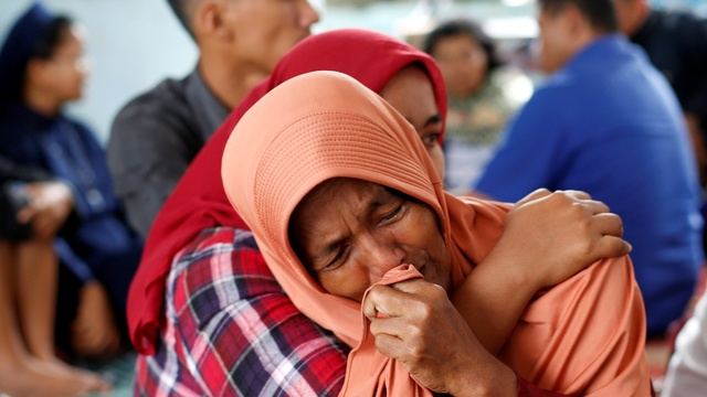 Indonesia says 180 missing on Lake Toba ferry