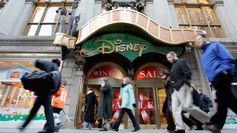Disney raises bid for Fox assets to $71.3 billion