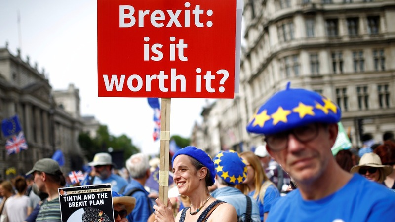 INSIGHT: Thousands demand final Brexit deal vote