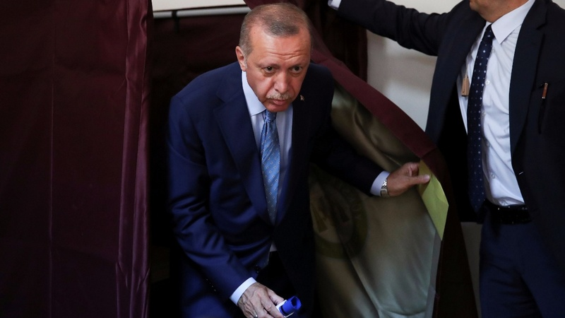Turks vote in major test for Erdogan