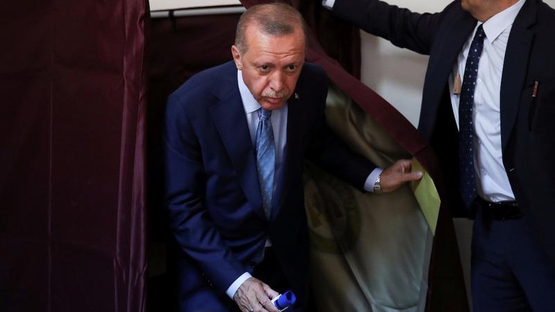 Turks vote in major test for Erdogan