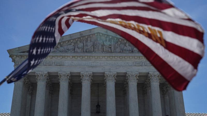 Supreme Court upholds Trump's travel ban