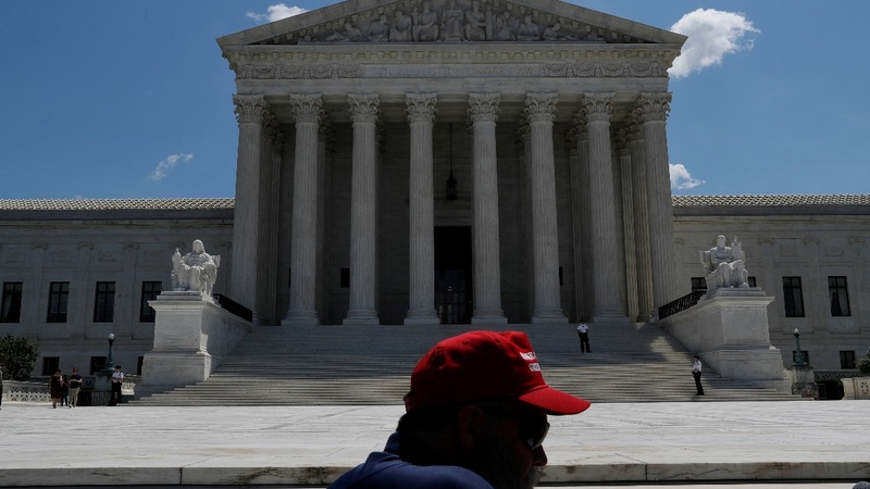Kennedy resignation could imperil  Roe v. Wade
