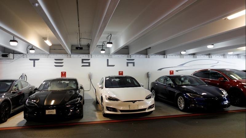 Tesla behind on Model 3 production targets: sources