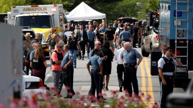 Gunman angry at Maryland newspaper kills five