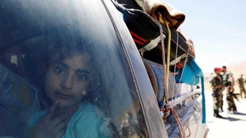 Syria refugees return home from Lebanon