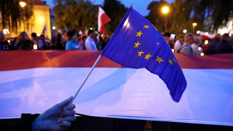Poland creates EU headache over judicial reforms