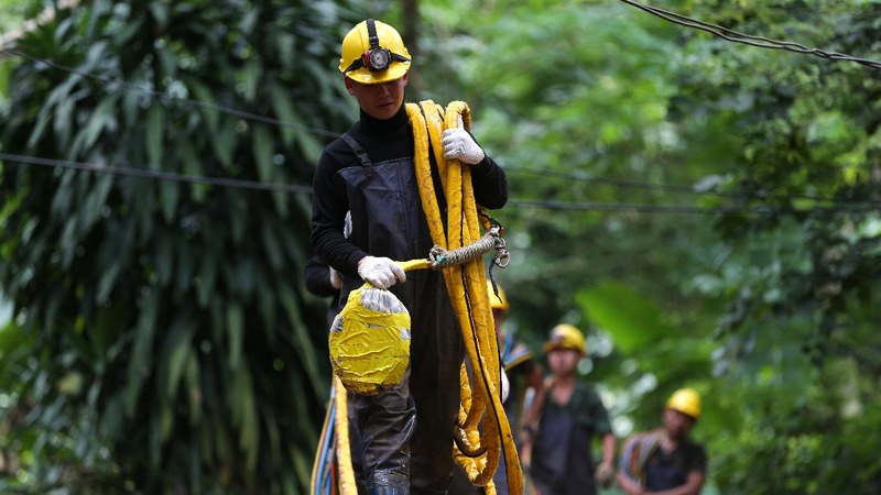 Rain feared as rescue planned from Thai cave