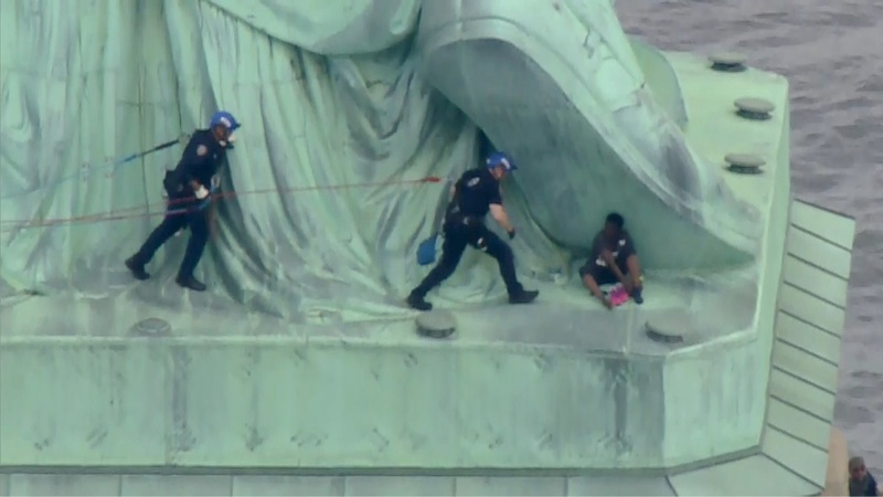 Statue of Liberty climber to be arraigned