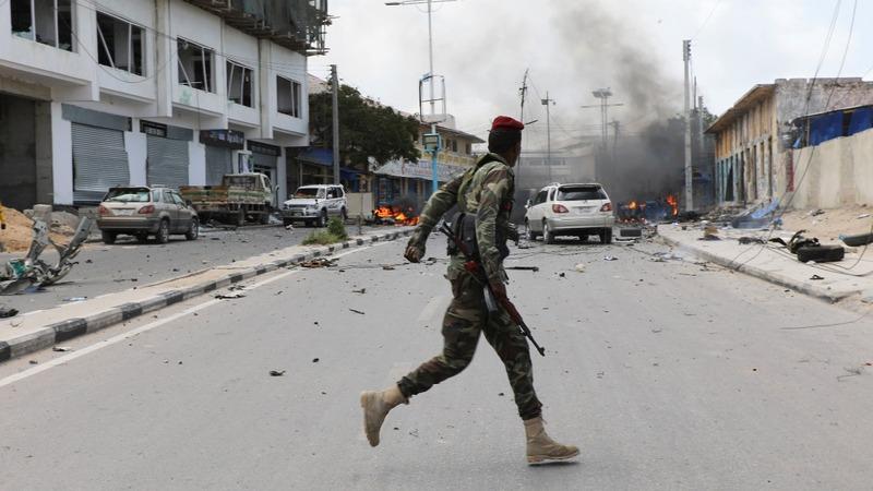 Coordinated attacks rock Somalia's capital