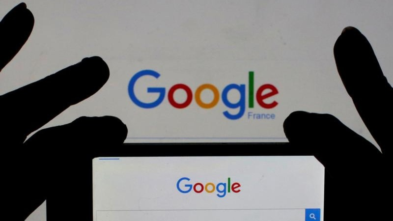 Google gives machines more say in ads