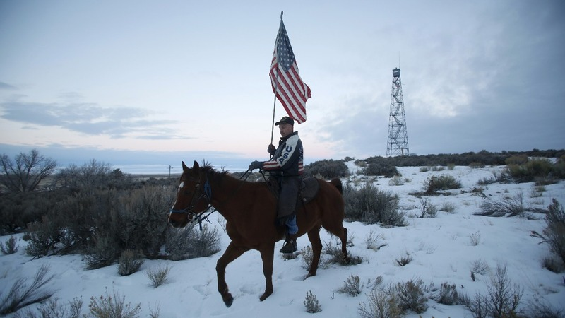 Trump pardons Oregon ranchers who inspired standoff