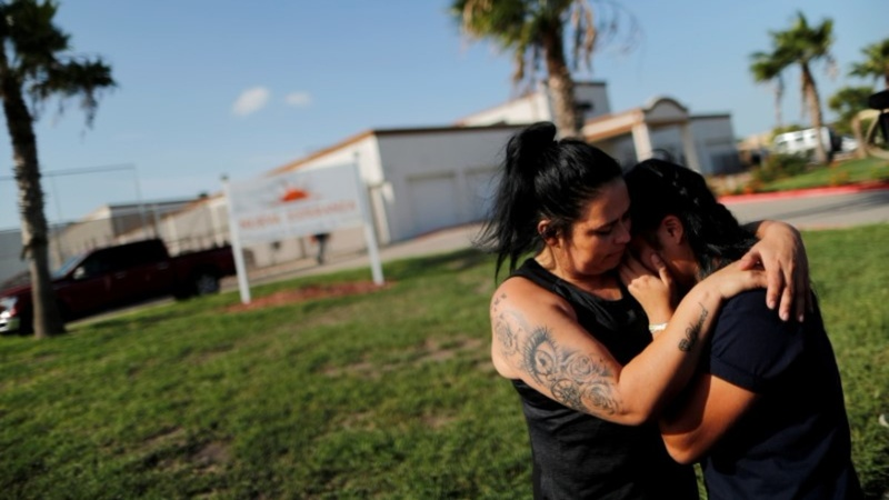 Judge orders U.S. to pay for reuniting families