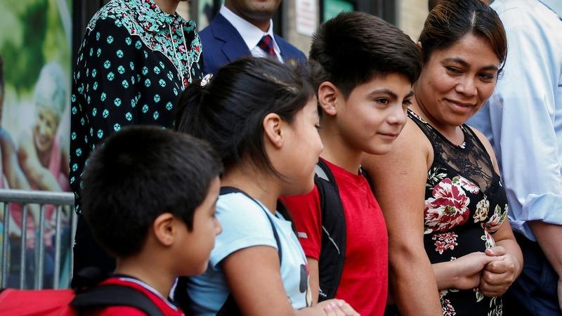Judge halts deportations of reunited immigrant families