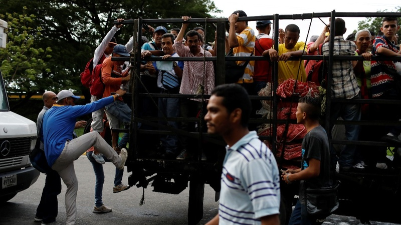 Venezuelans rely on 'dog carts' as buses succumb to crisis
