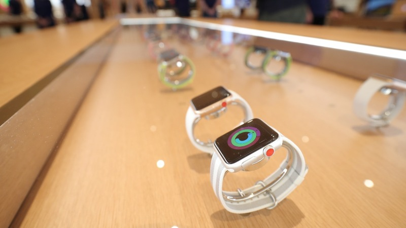 Apple Watch, FitBit could get hit by U.S. tariffs