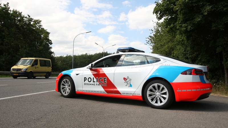 Tesla finds niche market: Luxembourg police cars