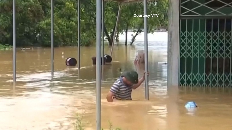 Tropical storm leaves 20 dead in Vietnam