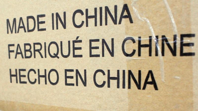 China tempts UK with trade pact as U.S. shuns both