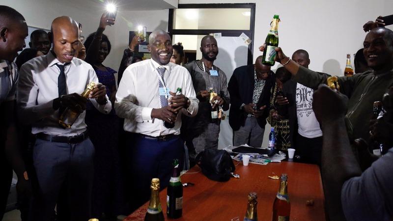 Mali presidential vote goes to runoff