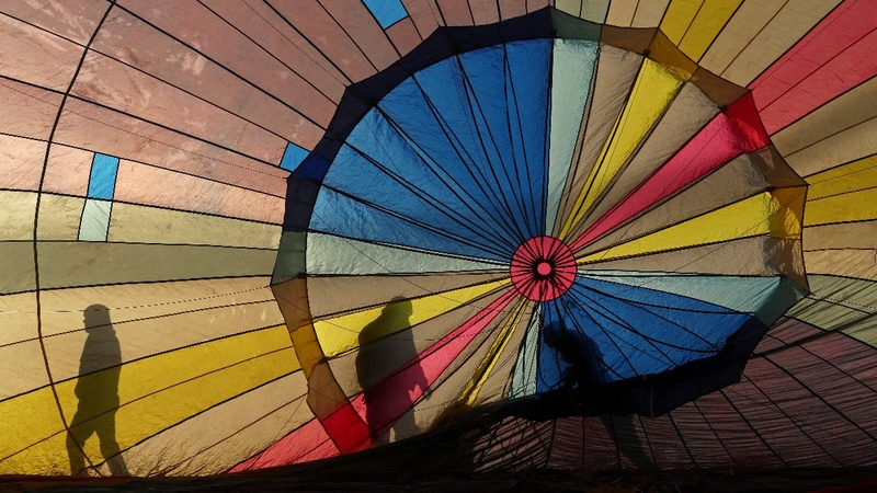 INSIGHT: Weather won't deflate hot air balloon fest
