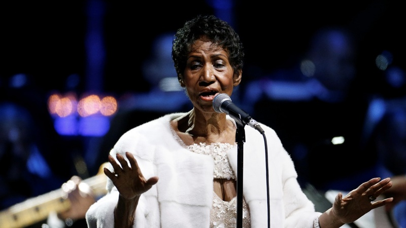 Ailing Aretha Franklin honored at hometown church