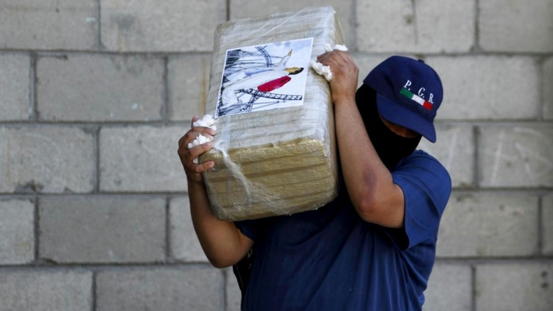 U.S. and Mexico team up to fight drug cartels