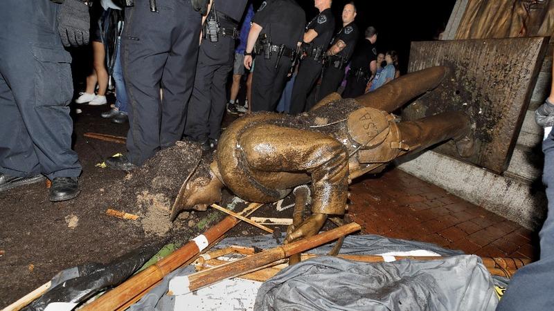 Protesters topple 'Silent Sam' Confederate statue