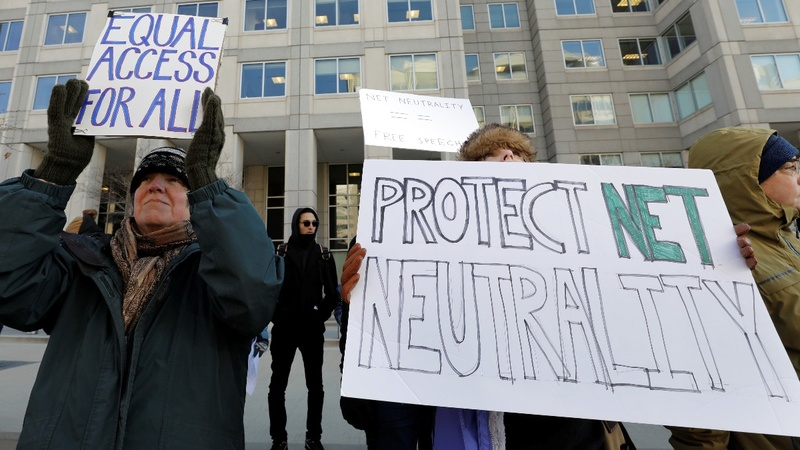 22 states urge court to reinstate net neutrality