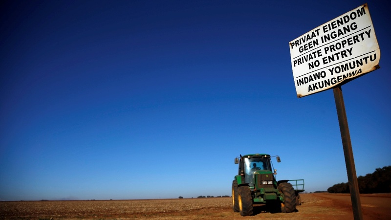 Fact check: Trump and white South African farms