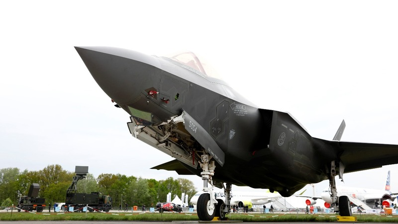 Troubled F-35 gets a tryout on the high seas