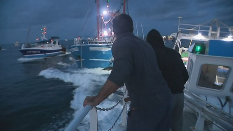 Fishermen clash in a battle for scallops