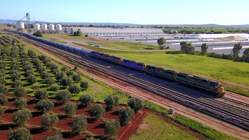 Grain trains bring relief to Australian farmers