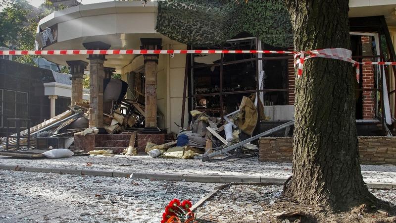 Cafe blast kills rebel leader in Eastern Ukraine
