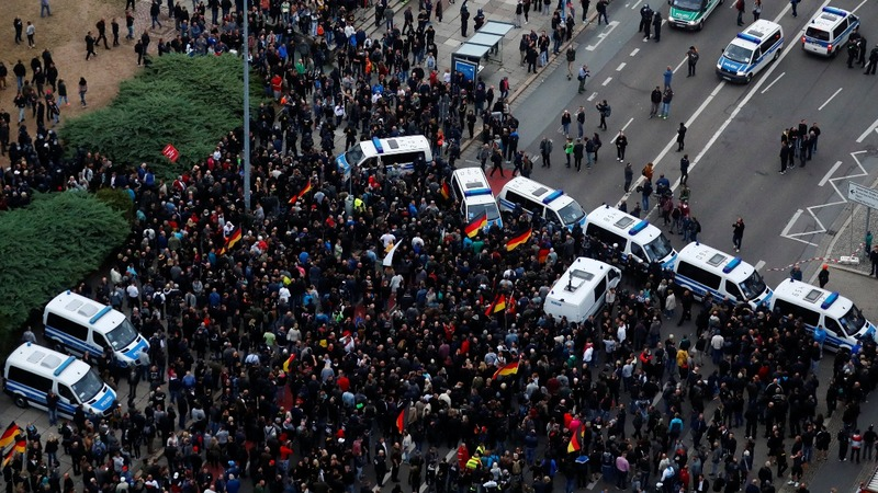 Far-right, anti-fascist protests held in Germany