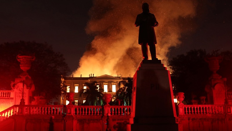 Fire tears through 200-year-old Museum in Brazil