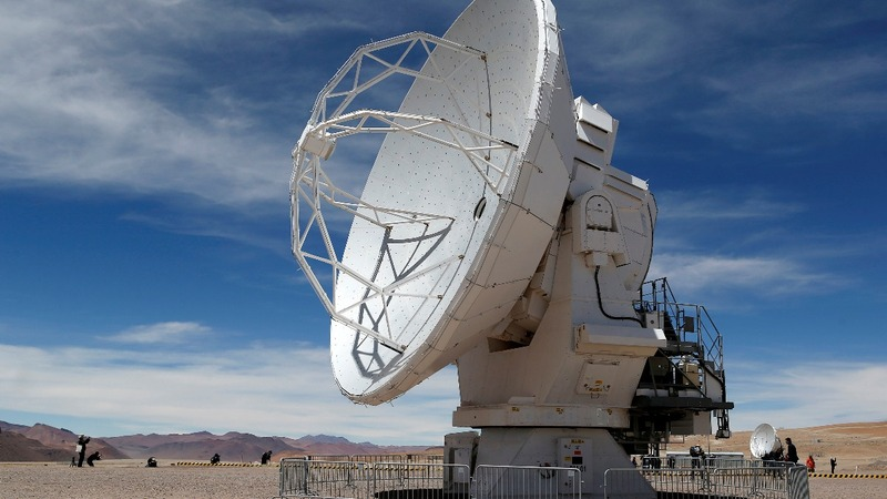 Amazon looks to house, mine Chilean telescope data